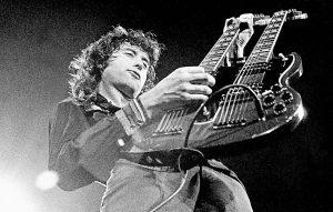Jimmy Page dei Led Zeppelin. Foto di Robert Knight Archive/Redferns