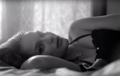 Natalie Portman incinta in 'My Willing Heart', il nuovo video di James Blake