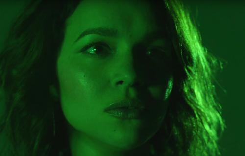 Norah Jones e la protesta sociale nel video di 'Flipside'