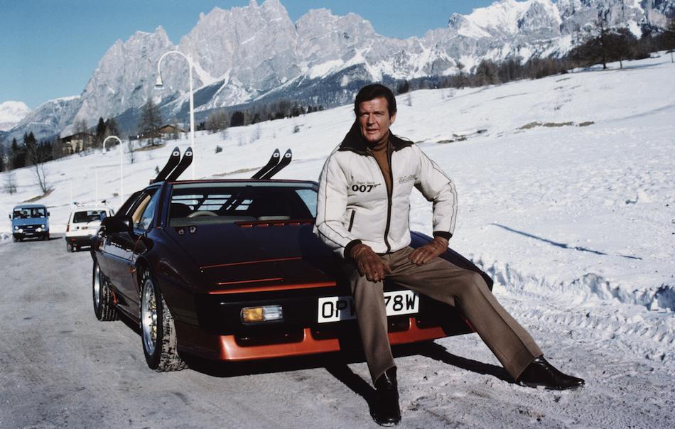 """Roger Moore nei panni di James Bond in """"Solo per i tuoi occhi"""", il capitolo della saga di 007 uscito nel 1981. Foto di Keith Hamshere/Getty Images"""
