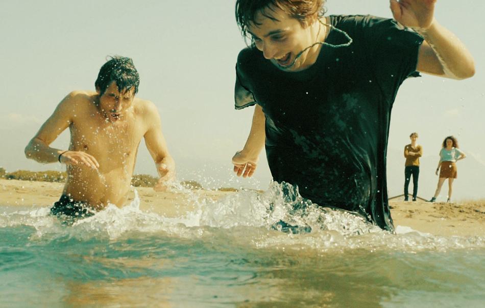 Guarda il video de 39 il mare 39 il nuovo singolo delle furie rolling stone italia - Davide divi autelitano ...