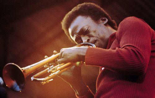 La musica di Miles Davis si trasforma in DNA