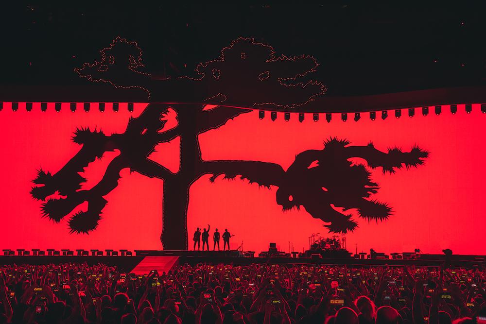 Un'immagine dalla prima data del nuovo tour degli U2. Foto Danny North
