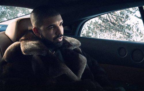 Drake ha presentato il suo nuovo singolo da Louis Vuitton