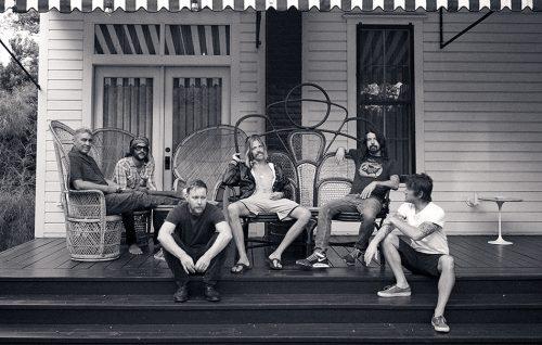 I Foo Fighters presentano un nuovo pezzo. Guarda il video
