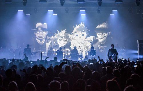 Stasera non prendete impegni: c'è il concerto dei Gorillaz in streaming da Colonia