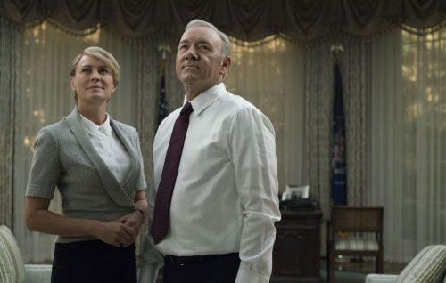 Claire e Frank Underwood sono già tornati. A parlare alla telecamera.