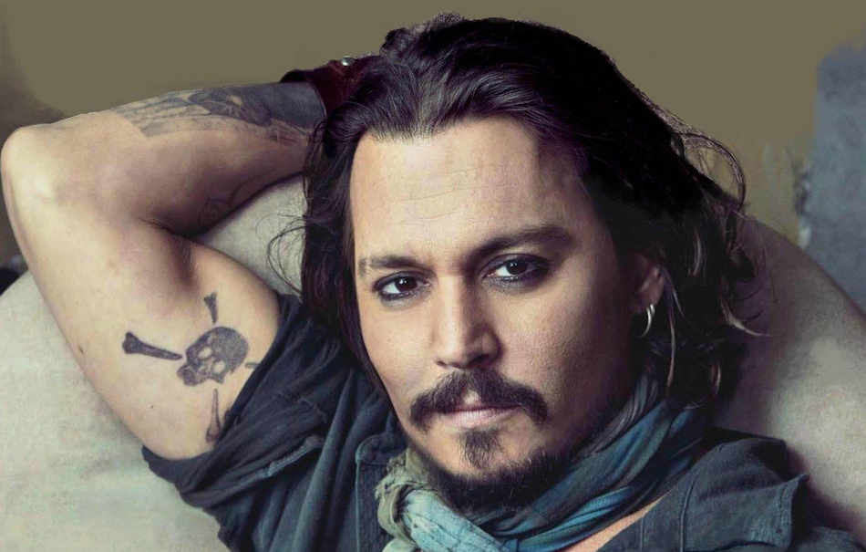 Johnny Depp al Glastonbury scherza su Donald Trump