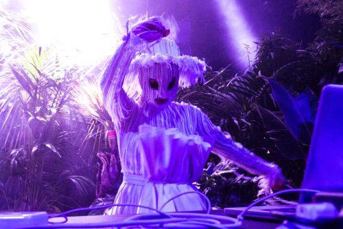 Björk apre il Sonar con un DJ set. Noi c'eravamo