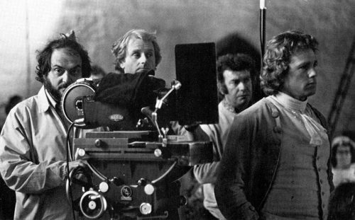 Stanle-Kubrick-backstage-barry-lyndon