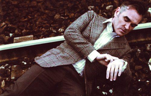 Morrissey (ancora) contro la Polizia: cancellate le date italiane