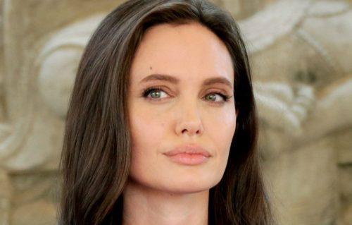 Guarda il trailer di 'First They Killed My Father', il nuovo film di Angelina Jolie