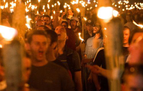 Le star sui social contro i suprematisti bianchi di Charlottesville
