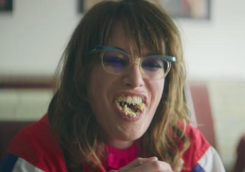 L'attrice che interpreta Cersei Lannister nel nuovo video dei Kasabian