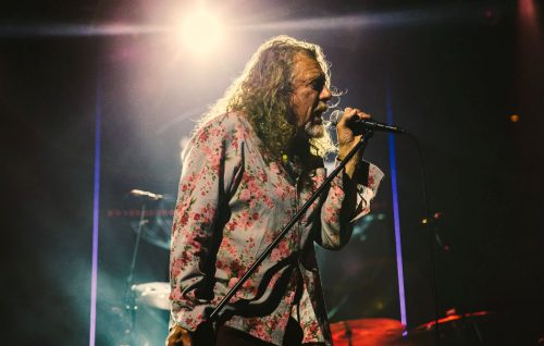 Robert Plant presenta il nuovo album 'Carry Fire'