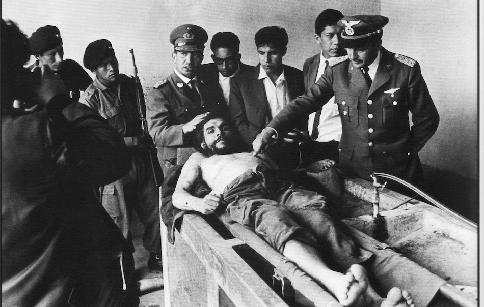"""Morire in quel modo """"quanti punti"""" ha dato al Che  La morte del Che ebbe  l effetto opposto rispetto a quanto i suoi assassini si erano prefissati. 5b1f61cbce72"""