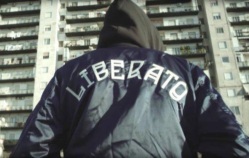 """Liberato sta tornando con un nuovo singolo dopo """"Gaiola Portafortuna"""""""