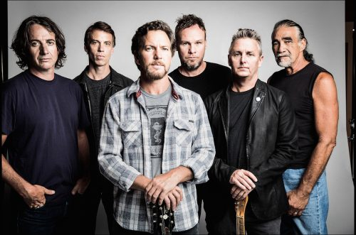Pearl Jam, ascolta il nuovo brano 'Obey The Law Of The Heart'