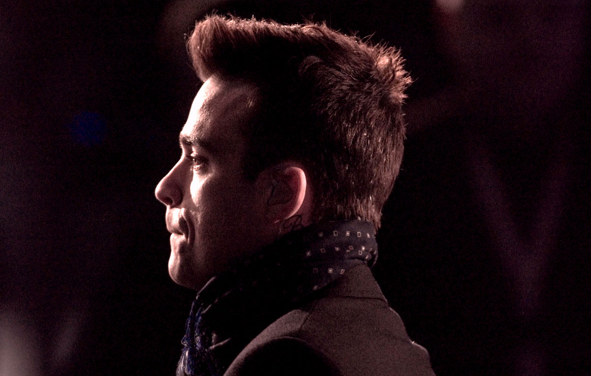 Robbie Williams cancella il tour: