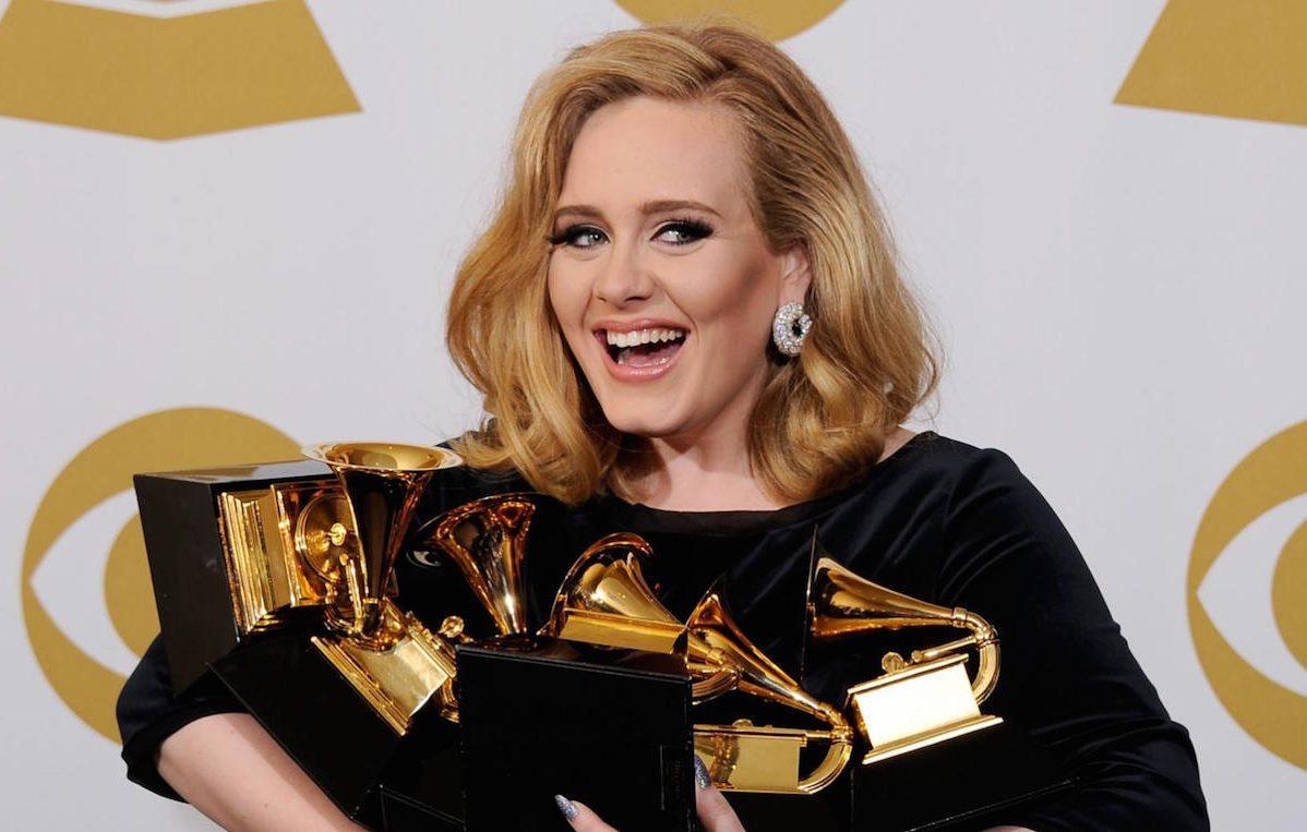 Adele ai Grammy 2016. Fonte: Twitter