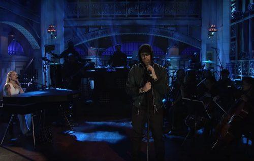 Eminem si è esibito con un medley al 'Saturday Night Live'