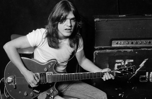 Addio a Malcolm Young, chitarrista e co-fondatore degli AC/DC