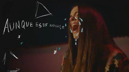 Il flamenco melò di Rosalia nel video di 'Aunque Es De Noche'