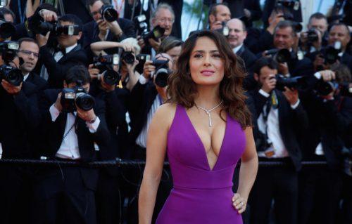 Salma Hayek racconta le minacce di morte e le molestie sessuali subite da Weinstein