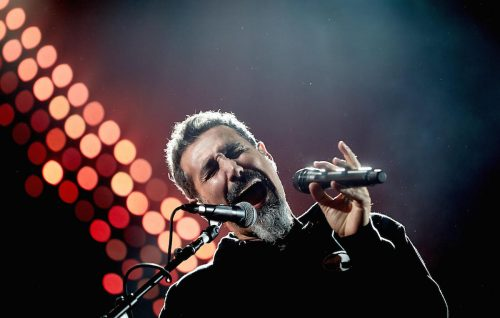 Serj Tankian: «Continuerò a cantare, ma per ora niente System»