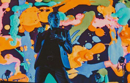 I Depeche Mode conquistano Bologna nonostante le imperfezioni di Dave Gahan