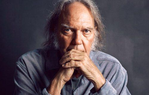 Neil Young, online l'archivio completo del cantautore