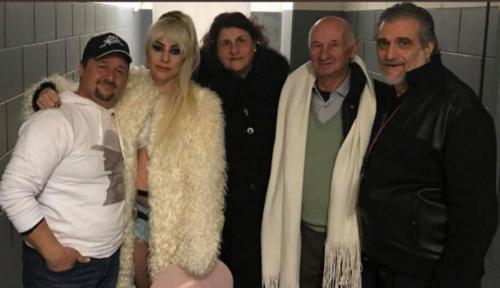 La foto di Lady Gaga coi parenti siciliani