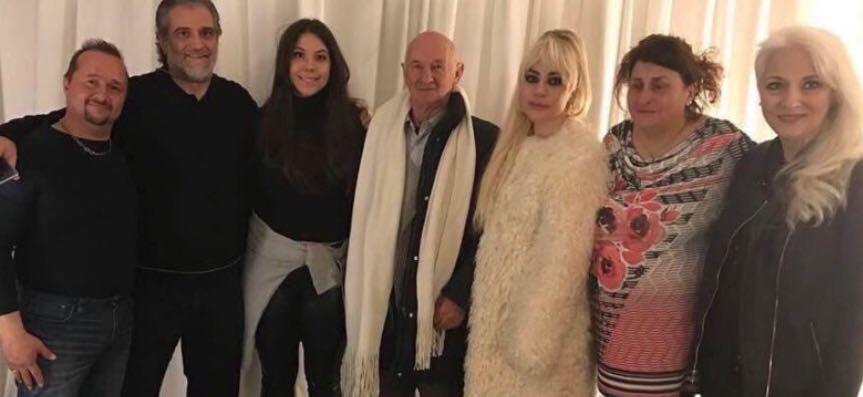 Gaga coi parenti