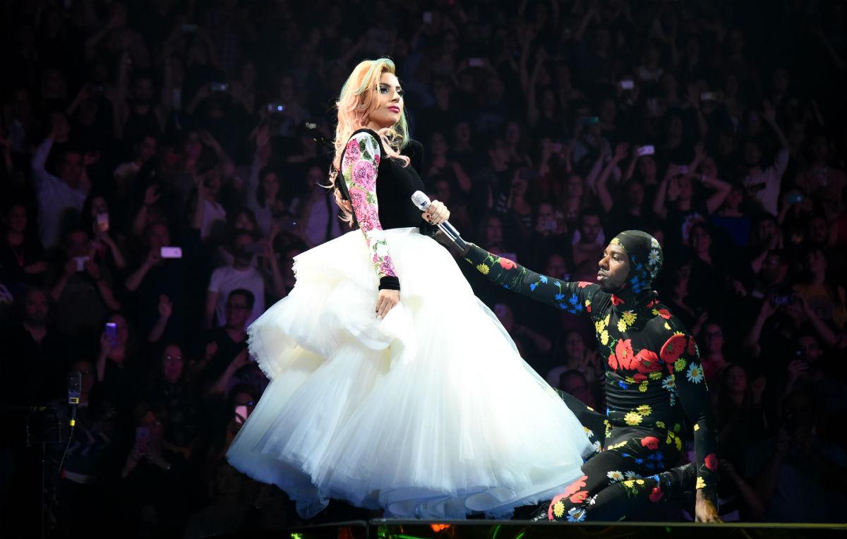 Il video di Lady Gaga, nozze entro il 2019, servizio di LaPresse