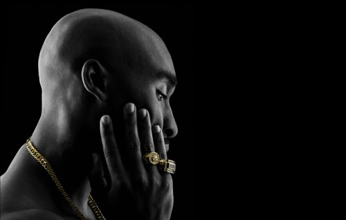 'All Eyez on Me', una clip dal film su Tupac