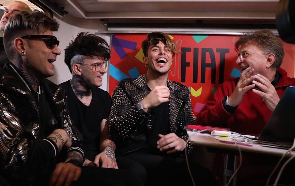 Red Ronnie con il trio The Colors sul van di FIAT Music