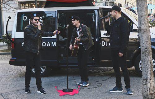 Il cantante Ghemon insieme a Federico Russo e Francesco Mandelli (aka gli Shazami) durante la prima tappa di Flyroam Diaries, TImberland - Foto di Fabio Persico