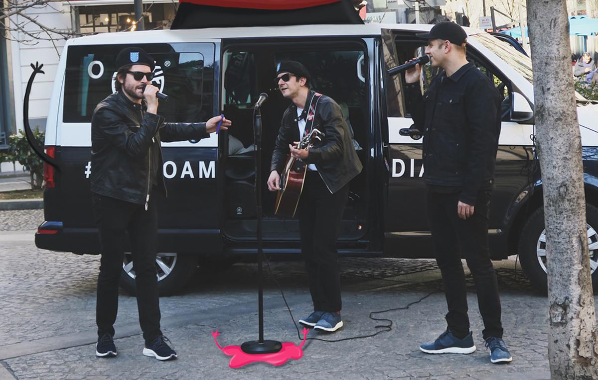 Il cantante Ghemon insieme a Federico Russo e Francesco Mandelli (aka gli Sazami) durante la prima tappa di Flyroam Diaries, TImberland - Foto di Fabio Persico