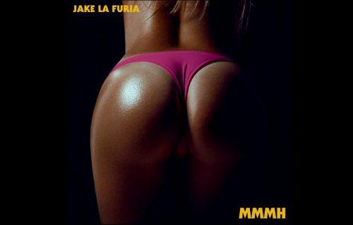 Il nuovo singolo di Jake La Furia rovina anche il bel culo in copertina