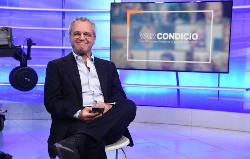 L'Oscar di Enrico Mentana: la più grande rockstar Italiana