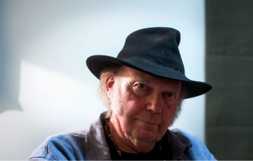 Neil Young: «Mi ritirerò quando sarò morto»