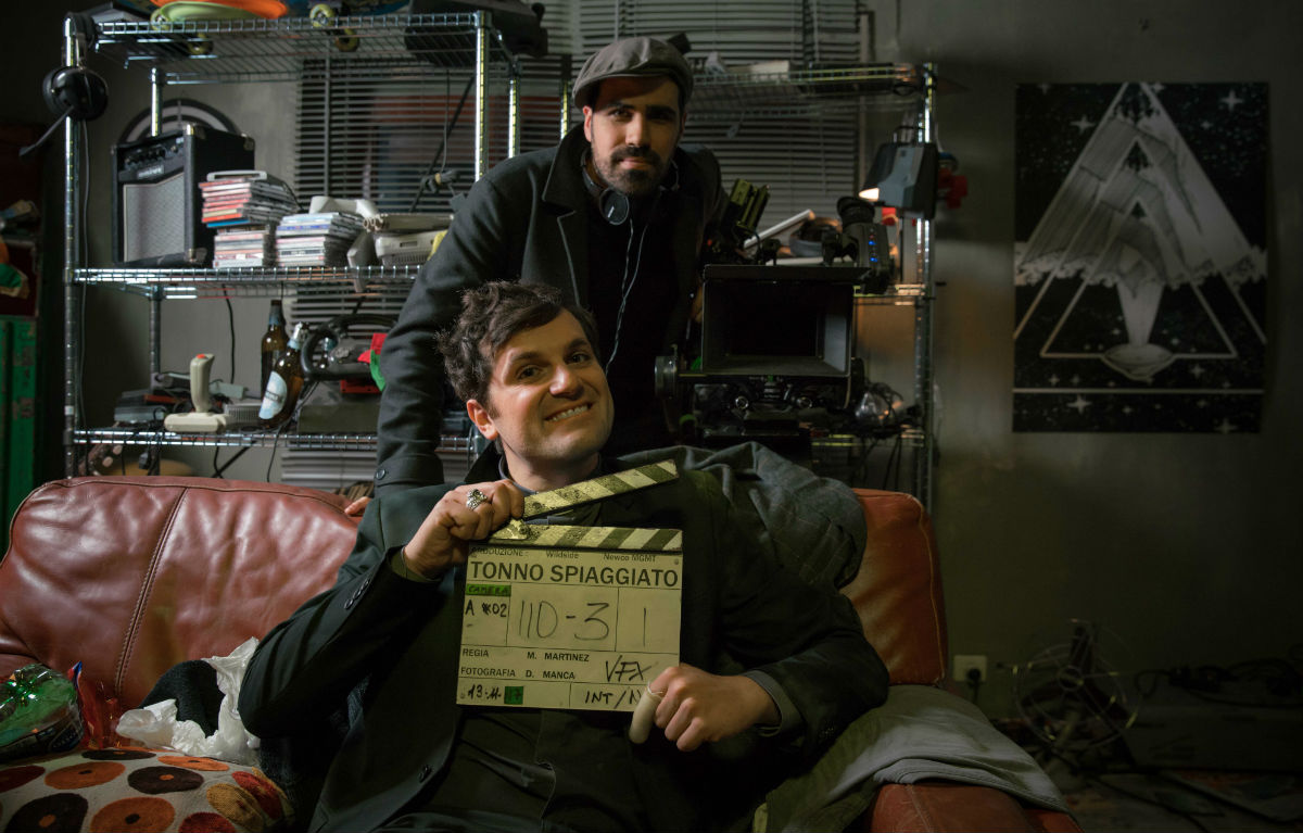 Frank Matano e Matteo Martinez sul set di 'Tonno Spiaggiato'. Foto di Andrea Pirrello.
