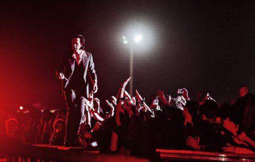 Nick Cave sul palco del Primavera Sound. Foto: Eric Pamies