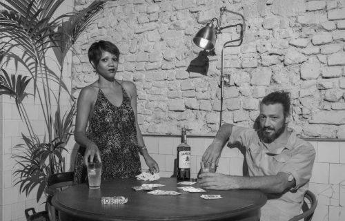 Pennelope Nascimento e Oliviero Cerrini, nato a Milano e chitarrista professionista con la passione per il Brasile. Sogni nel cassetto: continuare sempre a girare il mondo con la chitarra in mano - Foto di Marlin Dedaj