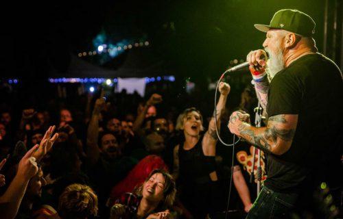 CJ Ramones and the Manges, Jagger Holly e Riccobellis sul palco della serata d'apertura del terzo Punk Rock Raduno. Dal 12 al 15 luglio allo Spazio Edoné di Bergamo - Foto via Facebook