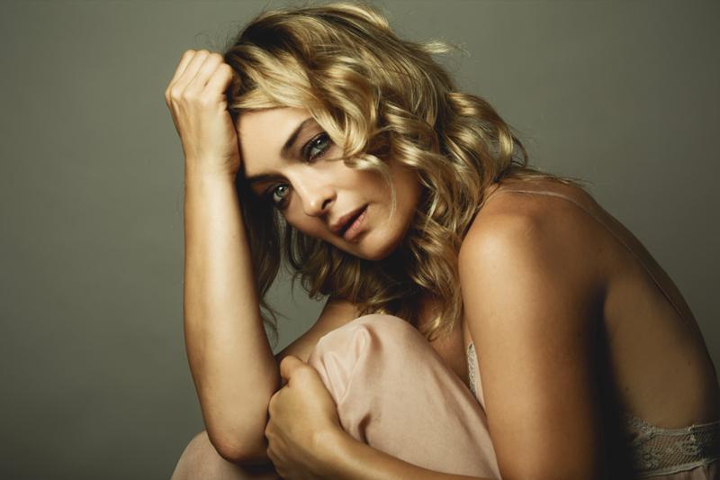 Carolina Crescentini scattata in esclusiva per Rolling Stone da Fabrizio Cestari a Venezia 75. Make-up: Giorgio Armani Beauty.