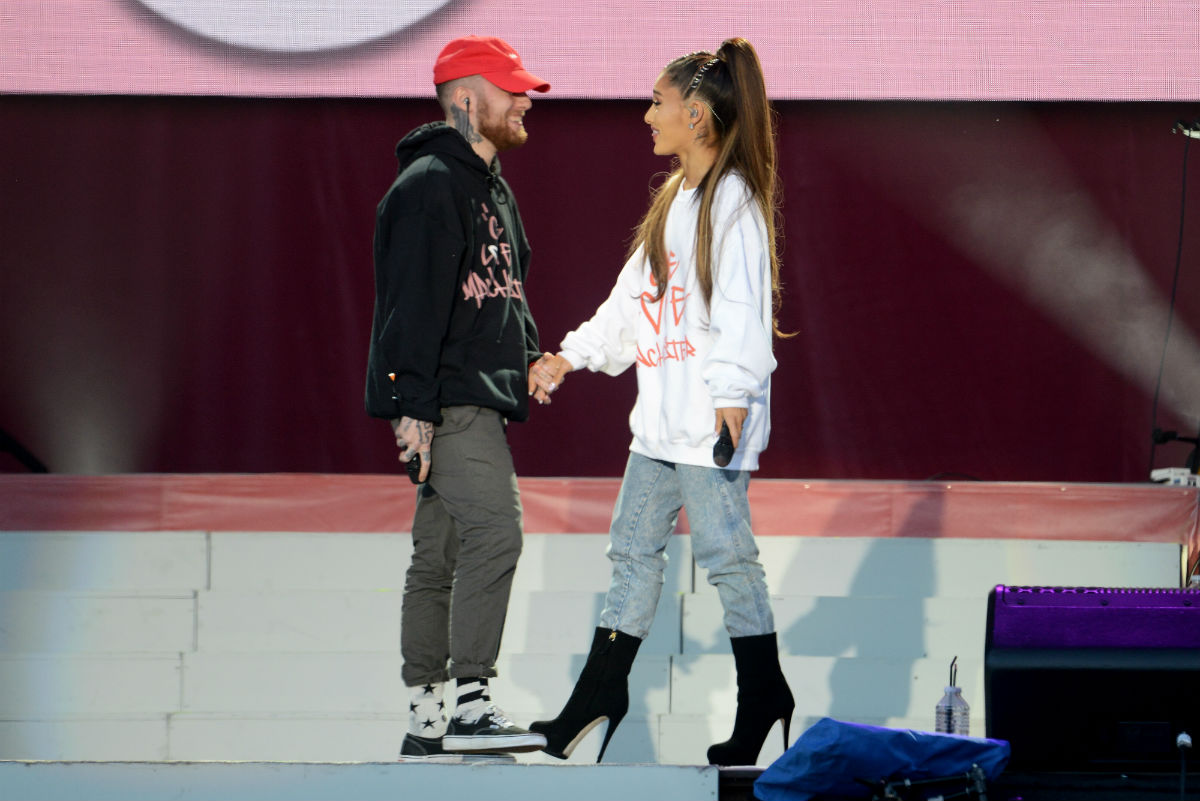 Mac Miller e Ariana Grande sul palco di One Love Manchester. Photo by Getty Images/Dave Hogan.
