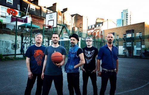 I Subsonica partiranno in tour in Italia a novembre. In Europa, invece, ci son in programma nove date a dicembre