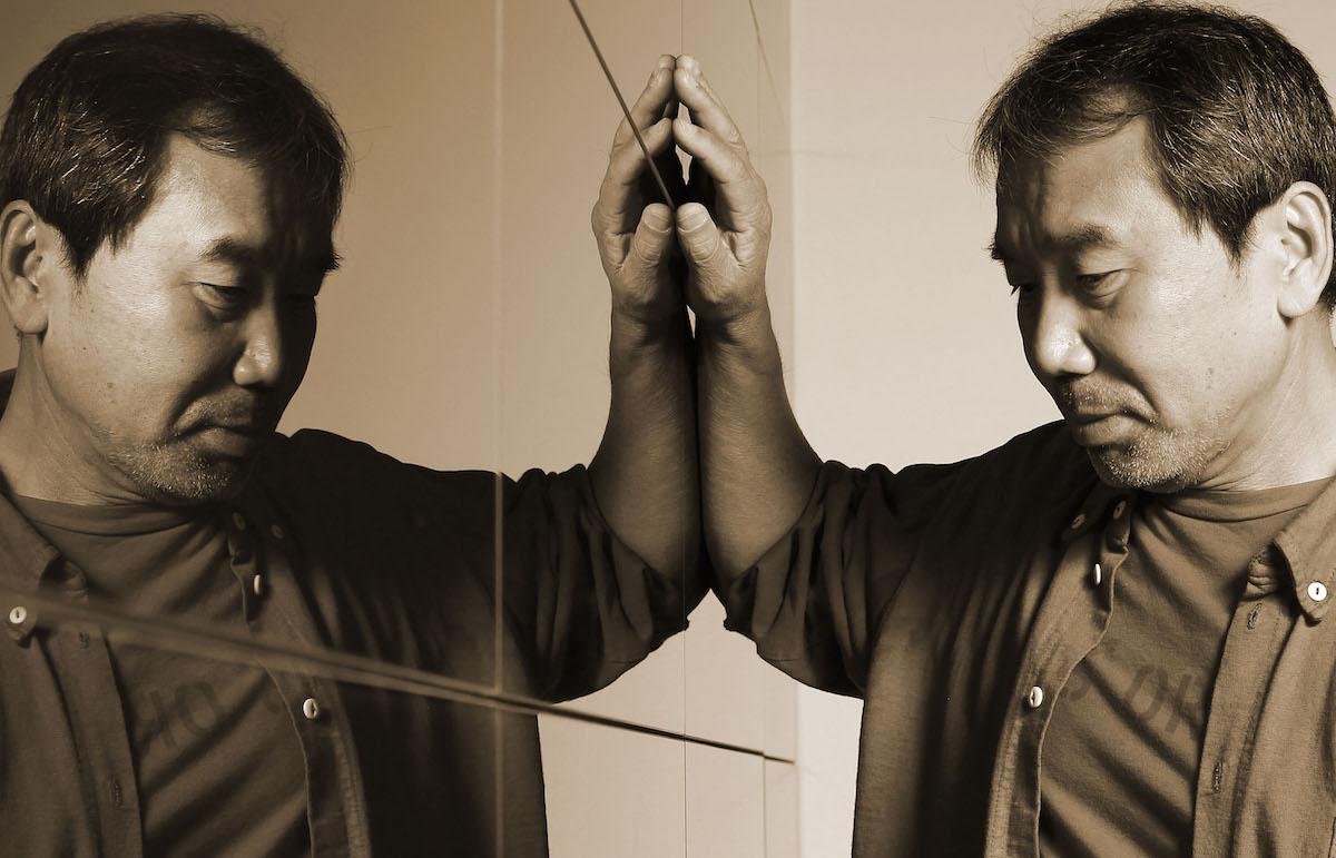 Realt Allo Specchio.Murakami E Il Passato Riflesso Allo Specchio Rolling Stone