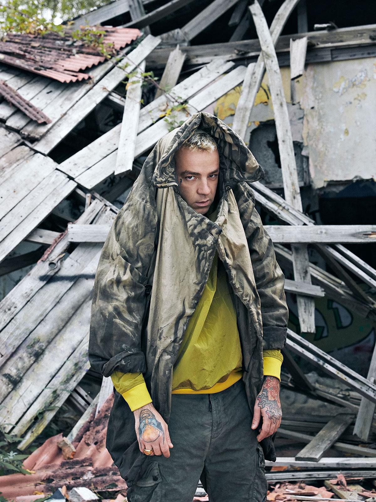 Salmo fotografato in esclusiva per Rolling Stone da Stefan Giftthaler. Styling: Francesca Piovano